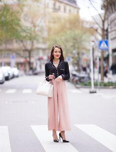 Pyjama trend. black satin pyjama shirt, pink culottes by Zara, pointed black heels by Zara, white tote bag by Forever21. http://www.thefashionrose.com/2016/04/pyjama-trend-how-to-style-your-pyjama-shirt-classy.html
