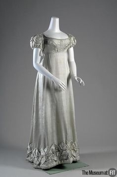 The Museum at FIT - Online Collections Silk Satin Dress 1800s Fashion, 19th Century Fashion, Vintage Fashion, Silk Satin Dress, Satin Dresses, Gowns, Jane Austen, Regency Dress, Regency Era