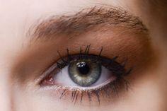 10 formas de maquillarse los ojos. Tonos caldera. © Luca Lazzari