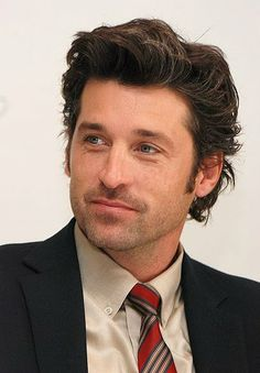 Patrick Dempsey = THE PERFECT MAN! 2008 photo vera anderson x made of honor conference four seasons hotel beverly hills california Sullivan Patrick Dempsey, Patrick Dempsey Hair, Handsome Actors, Hot Actors, Grey's Anatomy, Top Haircuts For Men, Greys Anatomy Derek, Greys Anatomy Characters, Flat Top Haircut