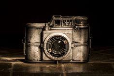 Vintage camera Ferrania Ibis   da Alessio Trafeli