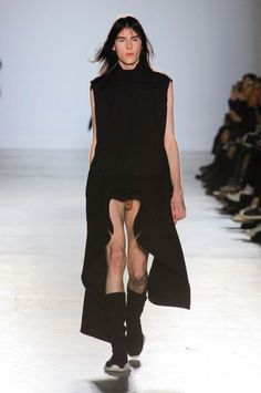 Designer unveils new trend for 2015: Visible penis
