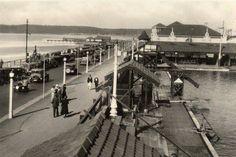 Lower Marine Parade, Durban circa 1945? Durban South Africa, Kwazulu Natal, Historical Society, Old Pictures, Historical Photos, East Coast, Picture Photo, Touring, Street View