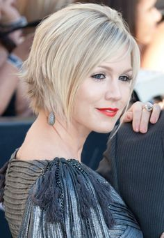edgy bob hairstyle for fine hair