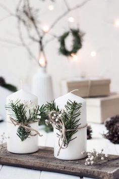47 Elegant Christmas Decoration Ideas - My Design Fulltimetraveler Outside Christmas Decorations, Elegant Christmas Decor, Christmas Mood, Christmas Aesthetic, Christmas Crafts, Deco Table Noel, Diy Presents, Diy Weihnachten, Diy Christmas Gifts