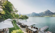 Culinary excellence at the restaurant Restaurant Enjoy at the Wolfgangsee Beach bar A good start in to the day Breakfast The incomparable charm of the country … Best Start, Beach Bars, Opera House, Country, Building, Travel, Farmhouse, Viajes, Rural Area