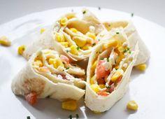 Gemüse Wraps sind nicht nur gesund sondern schmecken wirklich toll. Dieses Rezept mit den selbst gemachten Wraps ist ein Gedicht.