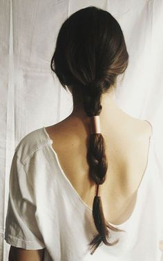 copper hair tube I want my hair to grow long enough for me to do this! Good Hair Day, Great Hair, Corte Y Color, Natural Hair Styles, Long Hair Styles, Copper Hair, Gold Hair, Metal Hair, Tips Belleza