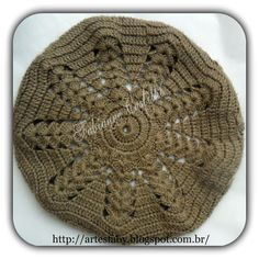 Crochet Santa Hat, Crochet Beret, Free Crochet, Borboleta Crochet, Crochet Butterfly, Crochet Leaves, Crochet Winter, Crochet Tablecloth, Free Pattern