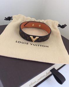 Louis Vuitton Bracelet, Louis Vuitton Jewelry, Louis Vuitton Handbags, Louis Vuitton Hat, Cute Jewelry, Jewelry Accessories, Vuitton Bag, Luxury Jewelry, Fashion Jewelry