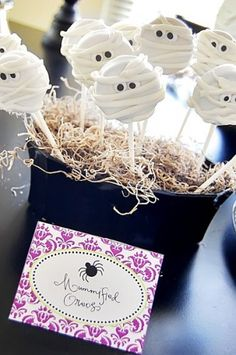 Mummified Oreos- I'm so doing this for our next halloween bash!