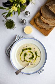 jerusalem artichoke soup with rocket pesto: this is good with or without the pesto