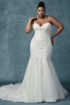 Elegant wedding dress idea with embellished bodice and tulle skirt - Style Quincy by Maggie Sottero - Learn more about this Maggie Sottero dress on WeddingWire! size wedding dresses fit and flare Wedding Dress out of Maggie Sottero - Quincy Western Wedding Dresses, Modest Wedding Dresses, Elegant Wedding Dress, Boho Wedding, Event Dresses, Tulle Wedding, Dress Wedding, Mermaid Wedding, Wedding Bride