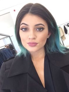 Kylie was at her prettiest during this time. She had her lips done a little but she still had a natural beauty about her and had her own individuality. Now she looks fake and plastic, like every other girl trying to look like Barbie..