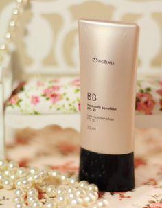 BB cream base de maquillaje en tres tonos multibeneficio FPS cubre imperfecciones deja una piel aterciopelada.