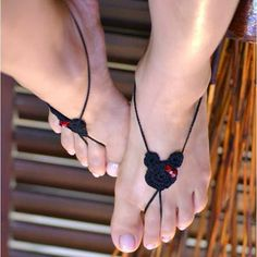 Mouse Ears Barefoot Sandle Pattern | The Handmade Way Blog