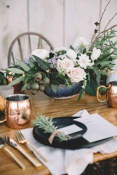Romantic rustic tabletop design
