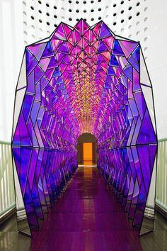 Olafur Eliasson, One way color tunnel, 2007