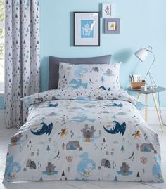 Perfect for your little kid's bedroom, this bedding set from bluezoo includes a duvet cover and matching pillow case with a dinosaur print. Childrens Duvet Covers, Childrens Beds, Dragon Nursery, Blue Duvet, Kids Bedroom Designs, Apartment Makeover, Toddler Rooms, Kids Rooms, Bedding Sets Online