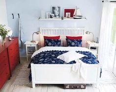 Dormitorio estilo marinero en blanco y azul