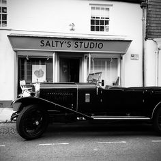 Not everyday does someone bring you a #Bentley - or rather park one outside your shop!