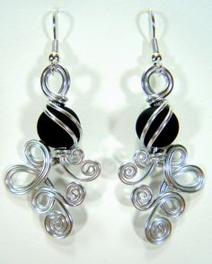 Double Loop de Loop with Black Beads