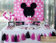 "Minnie Mouse / Birthday ""Minnie me"" 