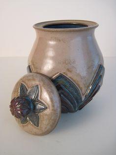 carved jar by Alison Nieber