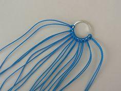 aretas macrame 6 Bracelet Knots, Bracelets, Cute 13 Year Old Boys, Couture Embroidery, Macrame Tutorial, Macrame Jewelry, Pendant Necklace, Earrings, Pattern