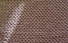 De to karklude der røg med i pakken sammen med harlekinhåndet , er begge hæklet i tykt bomuldsgarn på nål 3½, med et færdigmål på 23 x ...