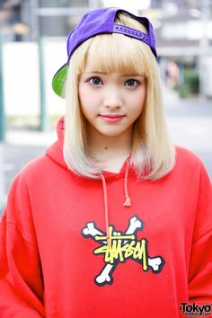 Nanaho is a friendly 18-year-old student & magazine model who we often see around Harajuku.