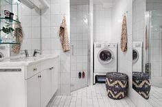 Rymligt badrum med kombinerad TM/TT