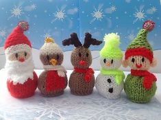 Knitting Pattern Christmas Pudding Ferrero Rocher : Having a chat! Strik Pinterest Strik
