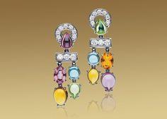 Bulgari COLOR COLLECTION pendant earrings in white gold with peridots, rhodolite garnets, citrine quartz, blue topazes and pavé diamonds. Bulgari Jewelry, Ear Jewelry, Gemstone Jewelry, Jewelery, Jewelry Editorial, Italian Jewelry, Pendant Earrings, Ear Earrings, Fantasy Jewelry
