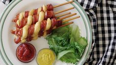 Recipe with video instructions: A genius twist on a hot dog. Ingredients: 4 hot dogs, 100 g pancake mix, 2 tbsp water, vegetable oil