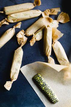 Matcha Black Sesame Nougat Chews Seed Crackers Recipe, Black Sesame, Edible Gifts, Matcha, Sweet Tooth, Stuffed Mushrooms, Healthy, Recipes, Food
