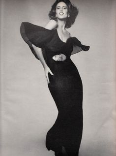 Giorgio di Sant'Angelo, Dress, photographed by Richard Avedon for Vogue, 1973
