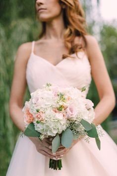 To see more breathtaking details about this DC wedding: http://www.modwedding.com/2014/11/29/breathtaking-dc-wedding-inspiration-amelia-johnson-photography/ #wedding #weddings #bridal_bouquet