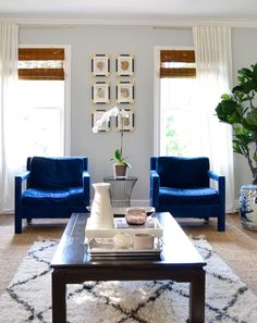 Shades of Grey: Find the Perfect Grey Paint for Any Room in Your Home Repose gray from Sherwin Williams Living Room Grey, Living Room Decor, Living Spaces, Living Rooms, Living Area, Small Living, Apartment Living, Grey Wall Color, Grey Paint