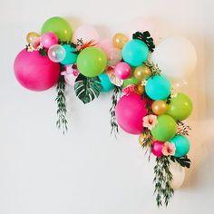 Let's Flamingle Banner, Bachelorette Party Banner, Tropical Party Decor, Flamingo Party, Last Flamingle Bridal Shower - ankakusu Love Balloon, Balloon Garland, Balloon Decorations, Tropical Party Decorations, Balloon Crafts, Tropical Party Foods, Balloon Balloon, Balloon Display, Party Garland