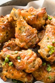 Angled, upclose photo of baked salt and vinegar wings garnished with flaky sea salt and sliced scallions. Chicken Wing Flavors, Chicken Wing Recipes, Recipe For Vinegar, Appetizer Recipes, Dinner Recipes, Appetizers, Vinegar Chicken, Family Fresh Meals, Creative Food