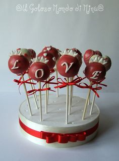 <3 Rosette Cake | Valentine's Day Ideas Valentines Day Desserts, Valentine Day Love, Valentine Day Crafts, Holiday Desserts, Valentine Ideas, Cop Cake, No Bake Cake Pops, Things To Do With Your Boyfriend, Rosette Cake
