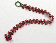 The Nepal Chain Stitch is so pretty and yet so easy to bead. I have always liked this stitch for the ease of making it. You can make a b...