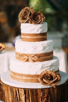 30 Burlap Wedding Cakes for Rustic Country Weddings
