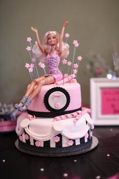 Hostess with the Mostess® - Doll-icious Barbie Birthday Bash Barbie Theme Party, Barbie Birthday Cake, Birthday Cake Girls, Birthday Bash, Birthday Ideas, Barbie Torte, Bolo Barbie, Barbie Y Ken, Barbie Doll
