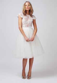 babushka-ballerina-tutu-wedding-dress #shortweddingdress #bridaldress #tutu
