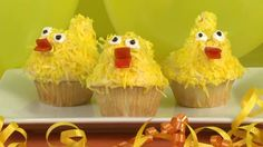 How to Make Duck Cupcakes: not made out of duck but it's cute!
