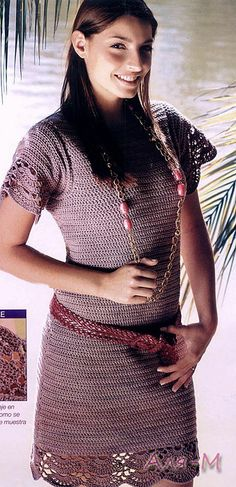 Crochetemoda: Vestido Roxo de Crochet has graphs, the sleeves are particularly lovely, different.