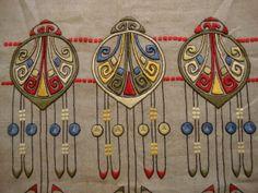 IMPRESSIVE ANTIQUE ARTS & CRAFTS SIDEBOARD/TABLE LINEN Stickley era Mission Oak