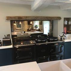 antiqued mirror splash back kitchen. Kitchen Plans, Interior Design Kitchen, Kitchen Mirror, Mirror Backsplash Kitchen, Home Kitchens, Kitchen Remodel Design, Diy Kitchen, Kitchen Renovation, Kitchen Design